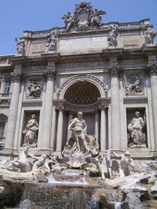 La increíble Fontana di Trevi, en Roma
