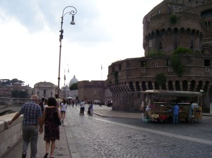 Via della Conziliazione y vista del Castello Sant'Angelo a la derecha