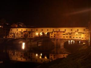 El Ponte Vecchio de noche