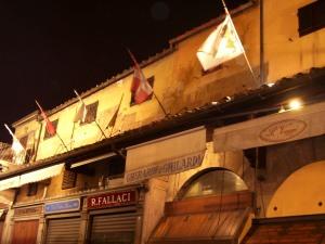Comercios en el interior del Ponte Vecchio