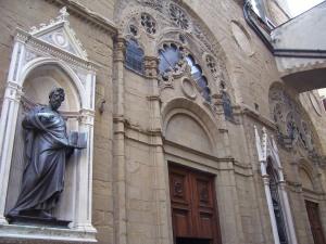 Entrada a la iglesia de Orsanmichele