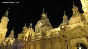 Otra perspectiva nocturna de la basílica