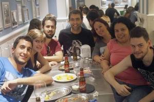 Rodeada de buena gente en Madrid (octubre)