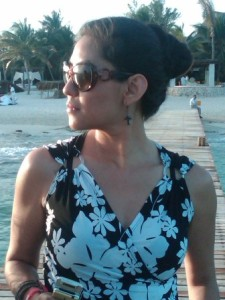 Renata en la playa