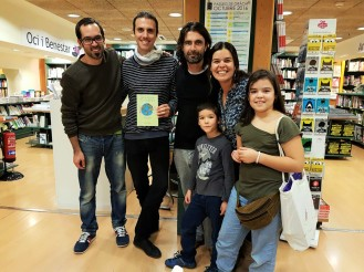 Road4world presentando su libro en Barcelona